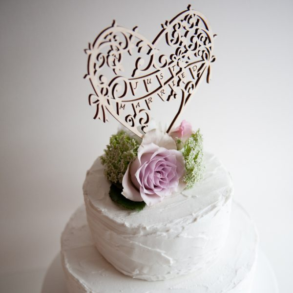 CAKE TOPPER GARDEN PARTY WOOD