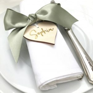 Place Cards and Settings